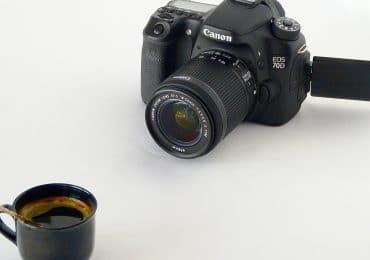 L'appareil photo a-t-il toujours sa place en vacances ?